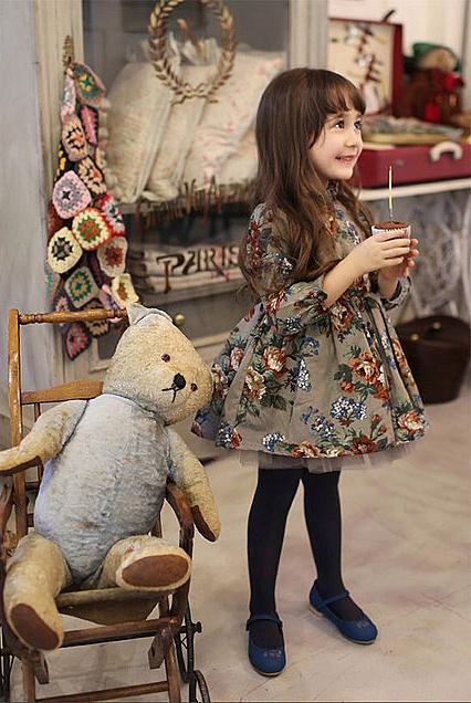 リサイクルでブランド子供服を売るなら、お受験・入園式・卒園式の服も取り扱う【マナマナ】